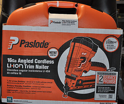 PasLode 902400 Cordless 16g Lithium Ion Angled Trim Finish Nailer - NEW