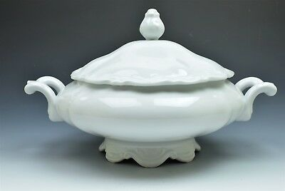 Mitterteich Baroque Bavaria Germany White Round Covered Vegetable Serving Dish