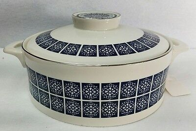 ROYAL DOULTON china MEDALLION  TC1077 round covered vegetable with handles & lid
