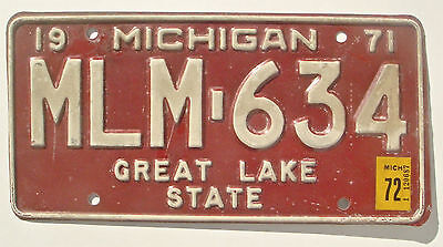 Michigan 1972 1971 Vintage License Plate Garage Old Car Auto Tag Great Lake MLM