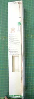 Gutermann Totally Stable Stabilizer, Iron On Tear Away WHITE, 50cm x 10m