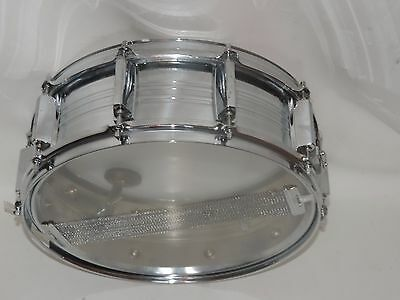 "Yamaha 5 x 14"" Metal Snare Drum 10 lugs New Heads"