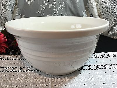 "6 Qt Cream ""Friendship Pottery"" Roseville OH Mixing Bowl"