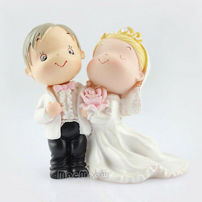 Bride and Groom Decoration Wedding Cake Top Resin Crafts Wedding Party Ornaments