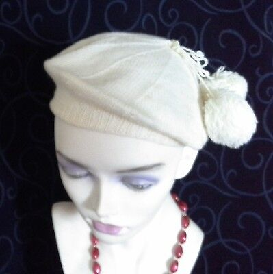 vintage knitted beret beanie hat cream white pom poms hand knit vgvc
