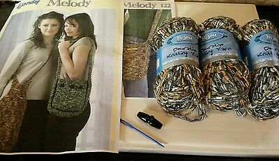 Knit Your Own Handbag Peach  Grey White Yarn With A Choice Of Patterns (copies)