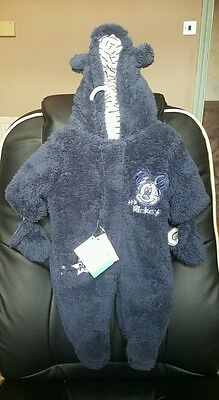 BNWT Disney Baby Boys NEWBORN Warm Snowsuit Wintersuit Full bodySuit mittens