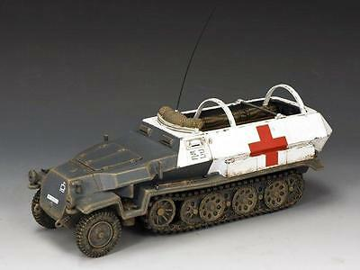 """KING AND COUNTRY  WW11 WEHRMACHT-""""Sd.Kfz251 Armoured Ambulance wh005 Military"""