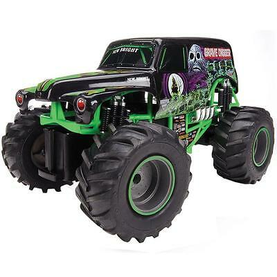 New Bright 1:15 R/C Monster Jam Grave Digger