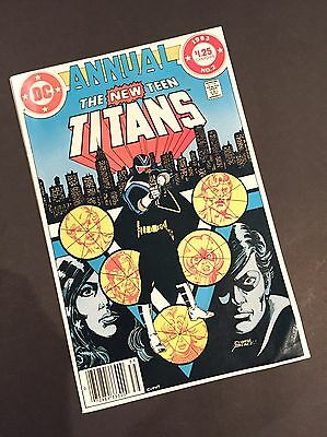 New teen Titans Annual 2 - First Appearance Vigilante - Canadian Price Variant