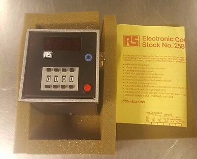 RS 258-221 Electronic Counter-Comparator 220-240Vac