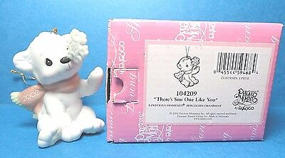 "Precious Moments ""There's Snow One Like You"" Ornament Dated 2002 No.104209"
