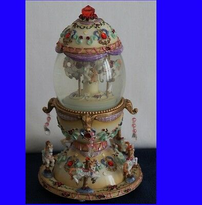Music Box And Snow Double Carousel - original -Vintage