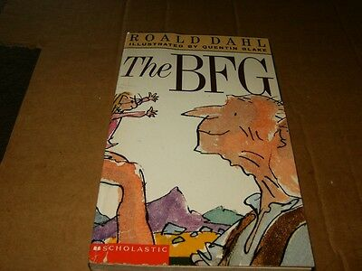 The BFG by Roald Dahl Softcover Book,Good-Shape,1982.