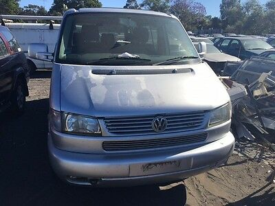 WRECKING VW Caravelle 2004