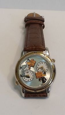 Warner Bros Dual Time rabbit & duck Leather Band Watch Super Hard To Find