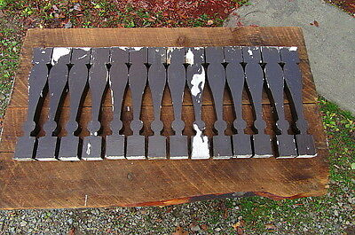 Lot Of 14 Vintage Architectural Salvage Wood Spindles Balusters Porch Railings