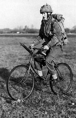 WW2 Photo Picture BSA Airborne Folding Paratroopers Bike 225