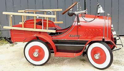 Ride on Retro FIre Engine Truck  Pedal Car Steel Wooden Ladders 3-6 Bell & Horn