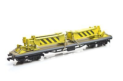 Hornby Coach Chassis With Crane Out Riggers