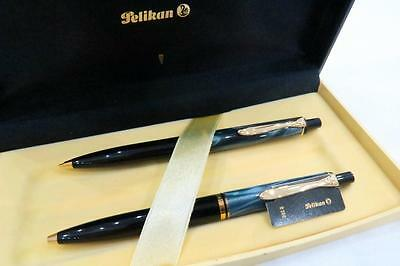 New Pelikan D200 Ball Point Pen & Mechanical Pencil Set Boxed In Blue Marble