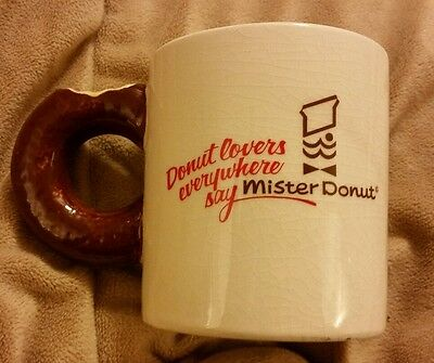 MISTER DONUT Diner COFFEE MUG Cup Donut Lovers Everywhere 3D Donut Handle