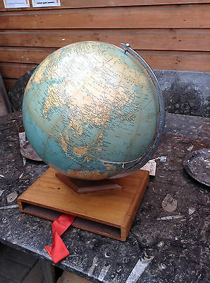 Vintage Philips Challenge Globe 1961 13.5 inch on Wooden base rare