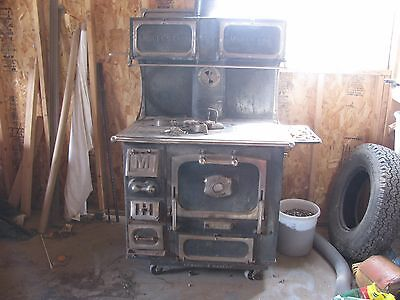 Antique Majestic Wood Burning Kitchen Cook Stove