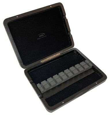 oboe reed case for 9 reeds to insert
