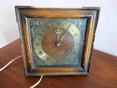 Found* Vintage Wooden Oak Cased Smiths Mantle Clock  Ornate Details To Face