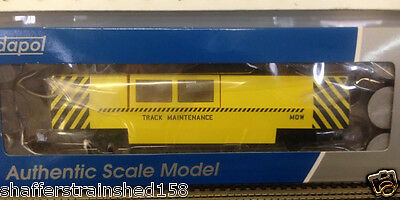 Dapol # 808 MOW track cleaning car HO Scale MIB
