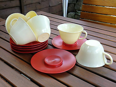 SET OF 6 x VINTAGE FRENCH PLASTIC PICNIC CUPS & SAUCERS ~ 1960's