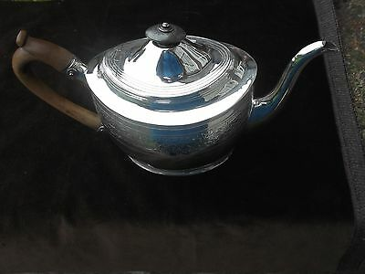 1802 beautiful George 111 bright cut decorated teapot by the Batemans 15ozs