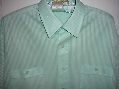Men's 1970's vintage light green shirt  Large