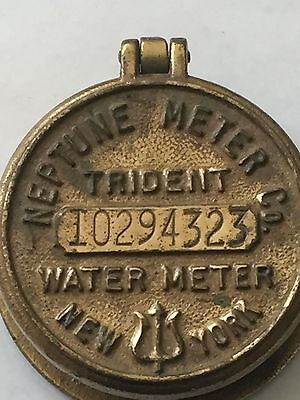 VINTAGE BRASS TRIDENT WATER METER COVER - NEPTUNE METER CO NEW YORK Trinlet Box