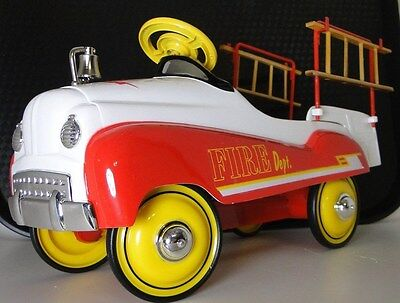 Red Fire Truck Pedal Car Ford 1950s Custom Rare Vintage Classic FireTruck Model