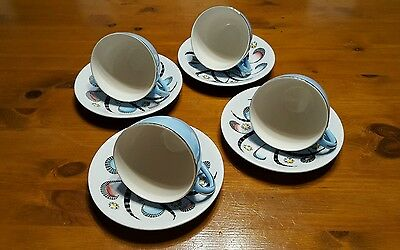 """VINTAGE RETRO  Alfred Meakin """"Glo White"""" Blue and white Gilded cup & saucer x4"""