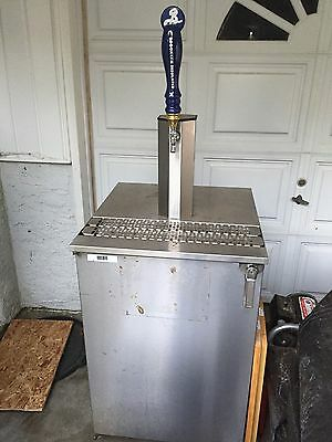GLASTENDER Kc24 REFRIGERATED Beer Tap Included, 24""