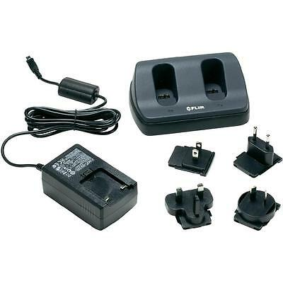 FLIR T198125 2-Bay Battery Charger for the FLIR Exx & Most K Series.
