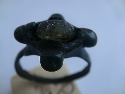 ANCIENT RING with stone