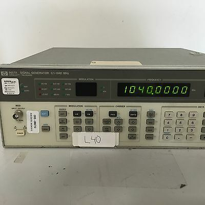 HP Agilent 8657A Signal Generator 0.1 - 1040MHz - Tested Free Shipping