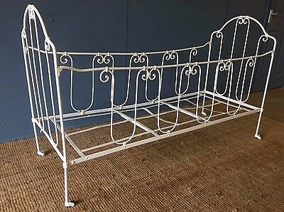 A Vintage French Shabby Chic Antique Painted Wrought Iron Day Bed Childs Cot Bed
