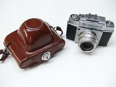 AGFA AMBI-SILETTE WITH f2.8 50mm COLOR-SOLINAR  LENS & CASE