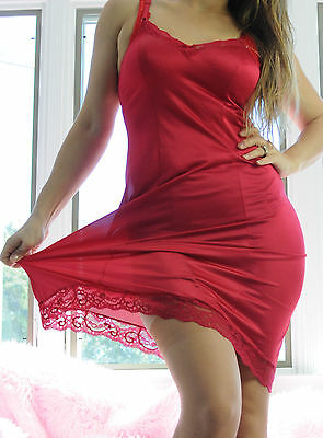 VTG JCPenney Red Fancy Scalloped Lace Silky Soft Nylon Full Slip Dress sz 32