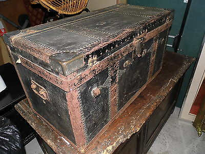 """Antique trunk ideal coffee table, """" Miss Cooper London"""" ,Can send via courier"""