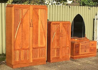 Superb Golden Oak Arts & Crafts Gothic Bedroom Suite Delivery Available