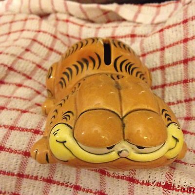 Vintage Garfield Ceramic Money Box By Downpace - Laying Down Rare