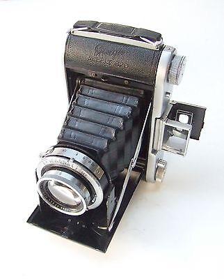 ENSIGN SELFIX 820 CAMERA FITTED f3.8 105mm ROSS XPRES LENS + CASE