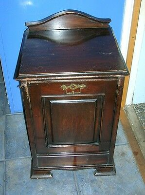 Victorian Edwardian Antique Mahogany COAL SCUTTLE BOX PURDONIUM With Lock Lever