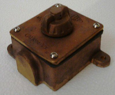 NEVER USED - PAULHAM Marine Brass SWITCH for Light – Made in USA (A)